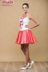 d524727adc 17-107 Menyecske ruha, Fehér topp, pirossal hímzett ókalocsai motívum, fehér  szatén szoknya piros tüllel